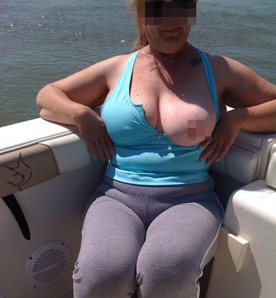 gros seins jeune dominatrice bordeaux