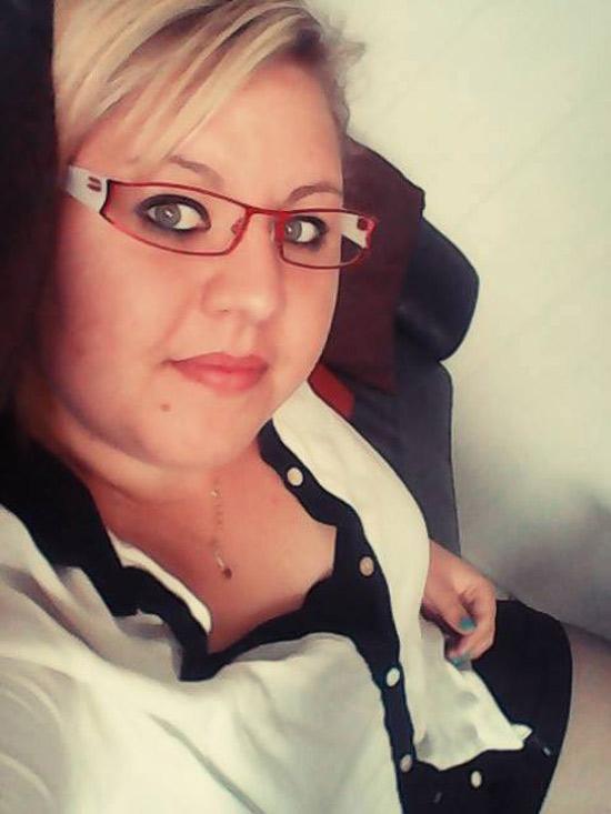 Carole, célibataire blonde bbw d'Antony