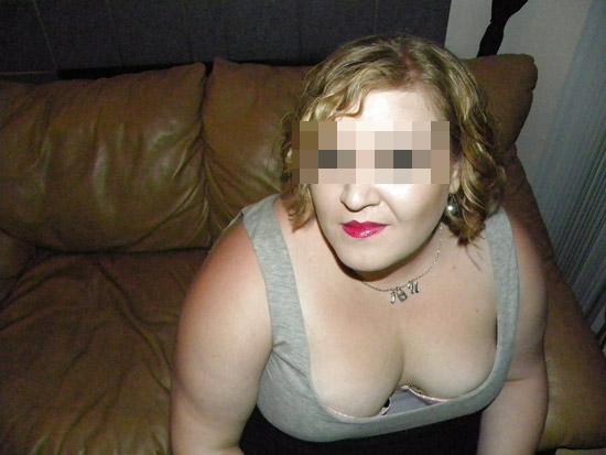 Iris, femme mariée grassouillette et délaissée de Lille