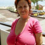 Isabelle, mature rousse à l'énorme poitrine pour rencontre libertine, Montpellier
