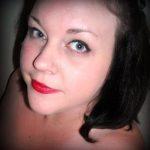 Karen, parisienne aux belles rondeurs, cherche relation amoureuse
