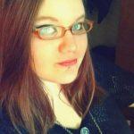 Laura, jeune femme ronde timide d'Amiens, a envie de sérieux