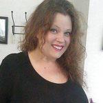 Léa, trentenaire ronde, de Courbevoie, cherche relation sérieuse