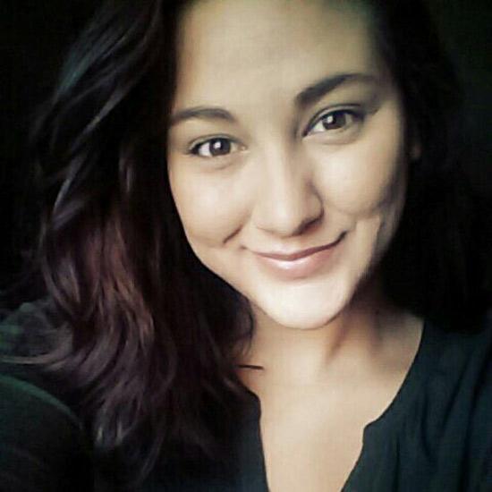 Sarah, brune juive de Créteil