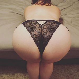 Femmes rondes BBW en lingerie