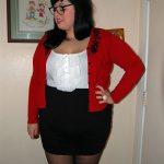 Valérie, beauté obèse brune, de Lyon, ne veut plus être célibataire